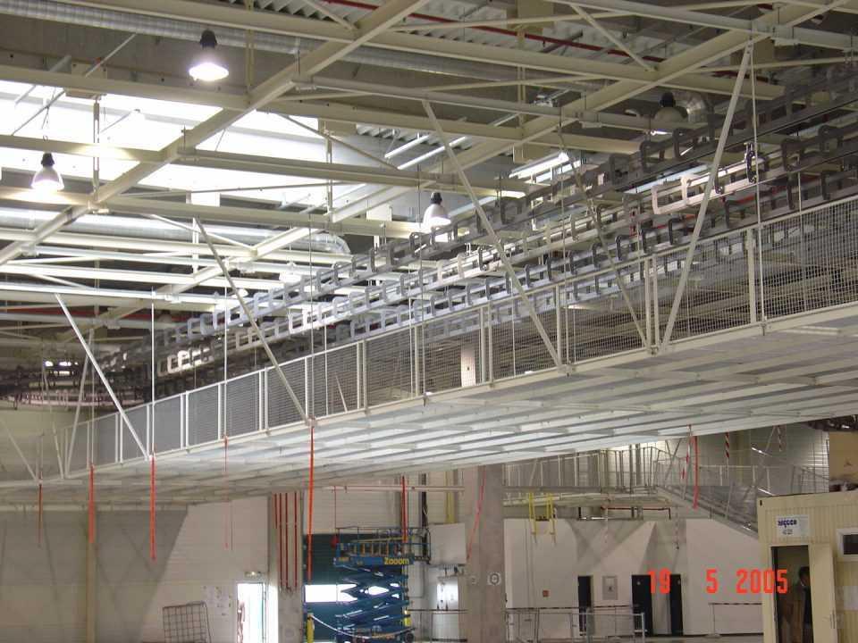 Projekt, wytworzenie i montaż konstrukcji stalowej dla przenośnika P+F. Montaż toru przenośnika P+F